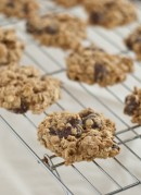 delicious, reduced fat whole wheat banana chocolate chip cookies