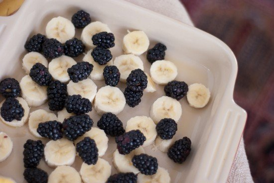 blackberries and banana for baked oatmeal