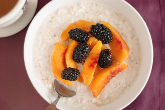 blackberry and peach muesli