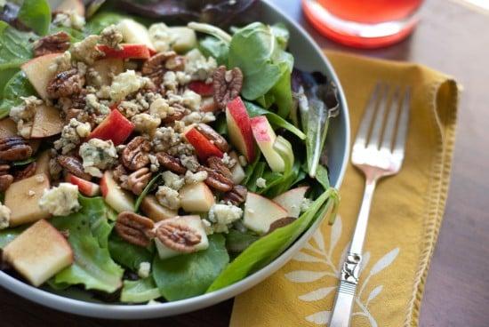 gala, gorgonzola and pecan salad