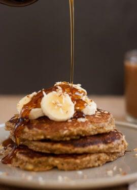 gluten free banana oat pancakes recipe