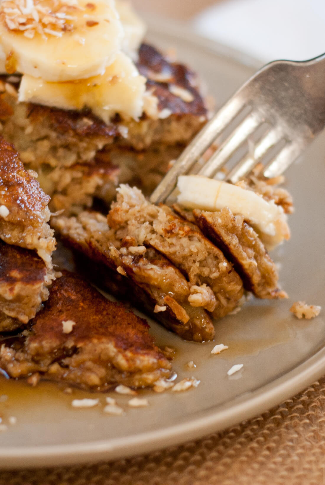 whole grain, gluten free banana oat pancakes