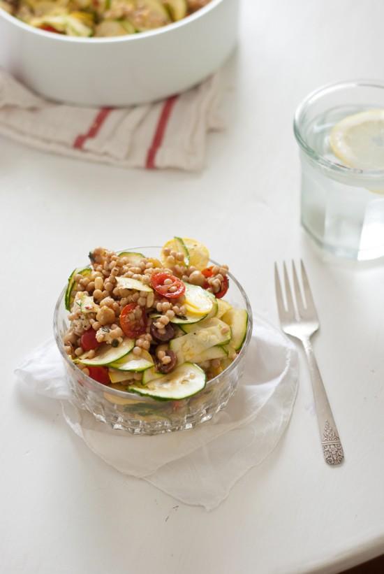 Mediterranean pasta salad with raw squash recipe