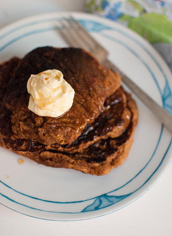 Whole Wheat Gingerbread Pancakes Recipe