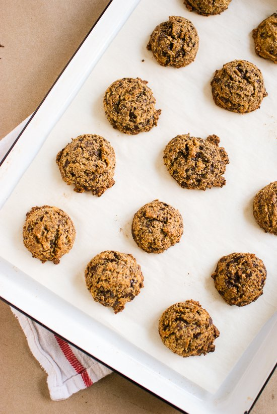 Naturally Sweetened, Gluten-free Chocolate Chip Cookies Recipe