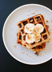 banana nut waffles recipe