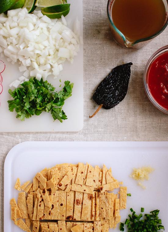 vegetarian tortilla soup ingredients-0