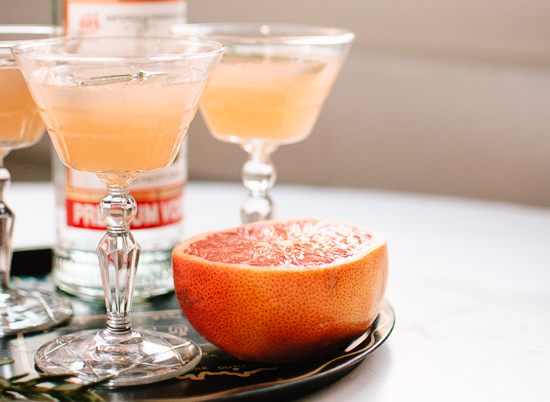 grapefruit, honey and rosemary vodka cocktail
