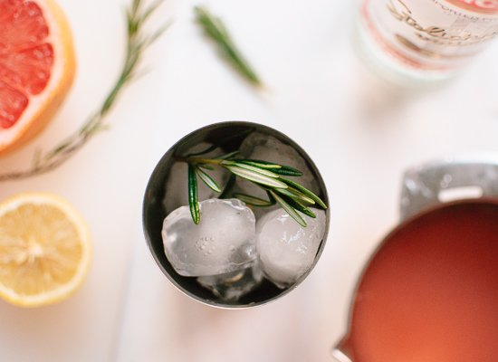 Grapefruit, rosemary and vodka cocktail