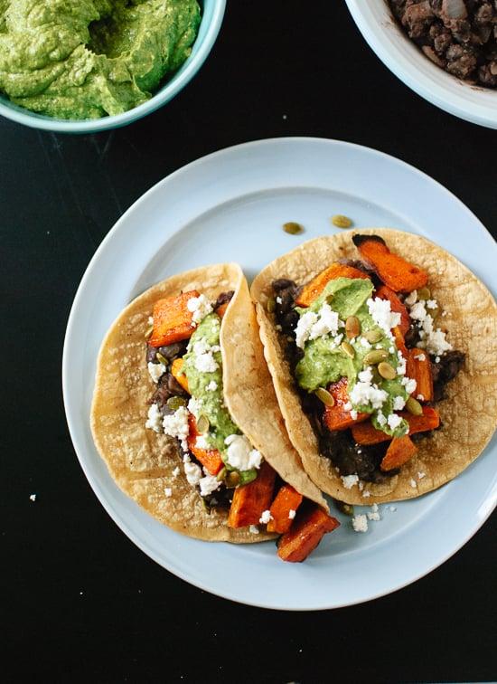 Sweet potato and black bean tacos with avocado-pepita dip - familycuisine.net