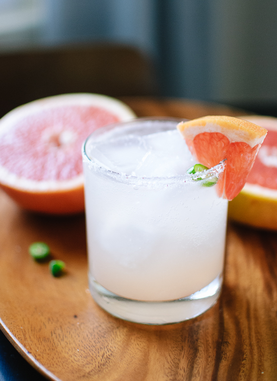Serrano-spiced paloma cocktail - cookieandkate.com