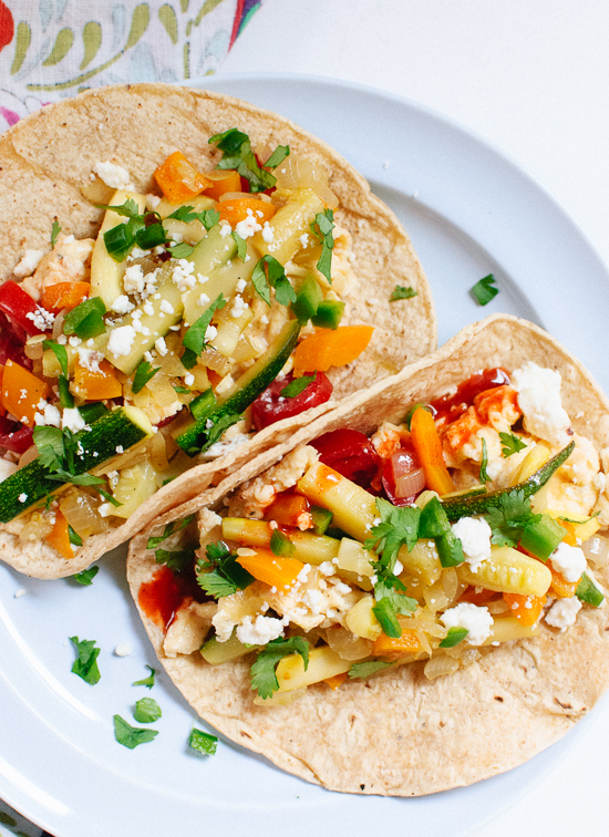 Simple, healthy and delicious veggie breakfast tacos! cookieandkate.com
