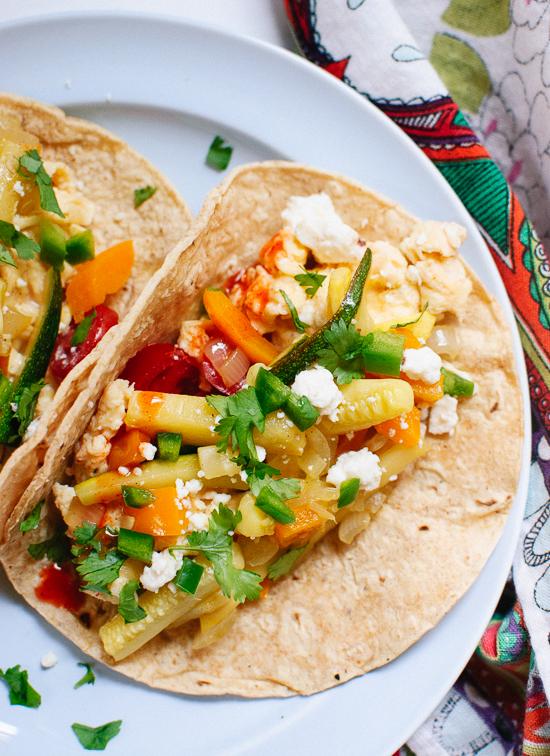 Make these healthy vegetarian breakfast tacos this weekend! cookieandkate.com