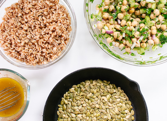 mason jar salad ingredients
