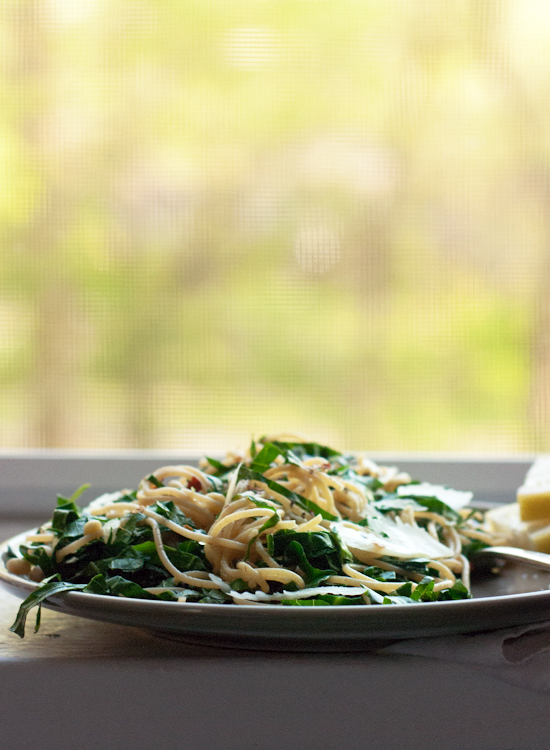 Lemony collard greens pasta - cookieandkate.com