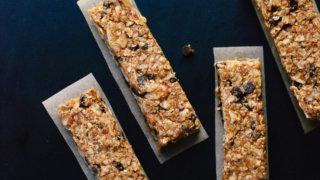 Honey-Sweetened Almond Chocolate Chip Granola Bars
