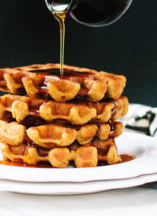 Healthy pumpkin spice waffles that are crispy on the outside and so fluffy on the inside! cookieandkate.com