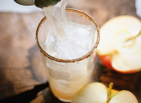 How to make apple margaritas