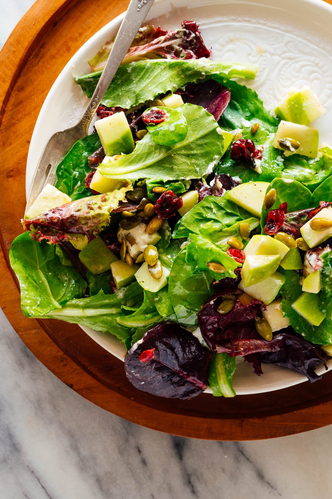 green salad recipe with apples pepitas goat cheese