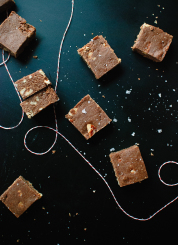 Healthy salted oat fudge! Tastes like a cross between fudge and no-bake cookies. cookieandkate.com