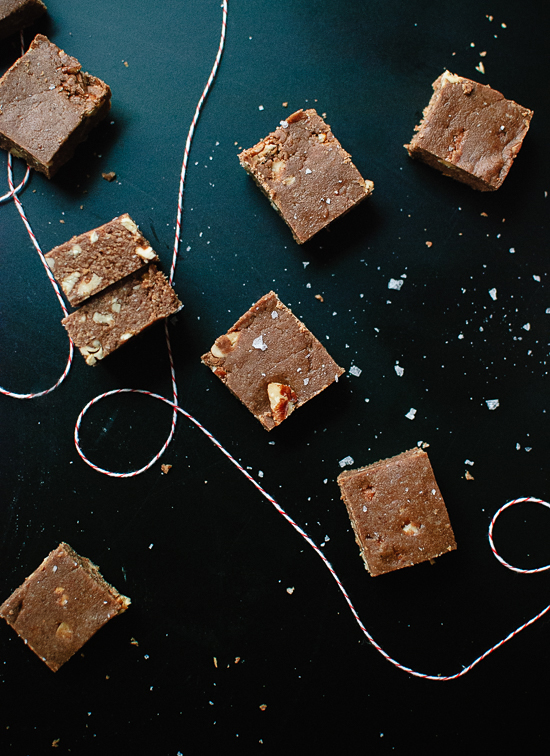 Healthy salted oat fudge! Tastes like a cross between fudge and no-bake cookies. cookieandkate.com