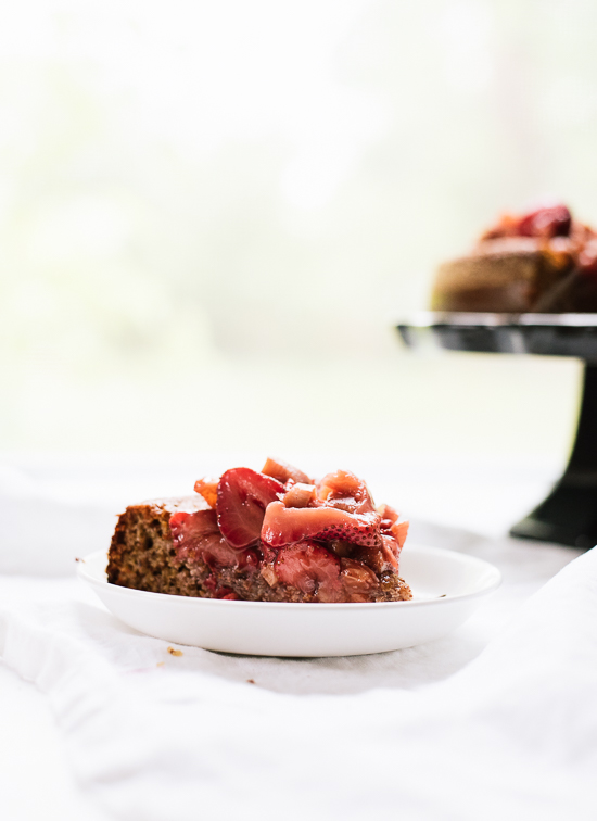 Honey-sweetened, gluten-free almond cake - cookieandkate.com