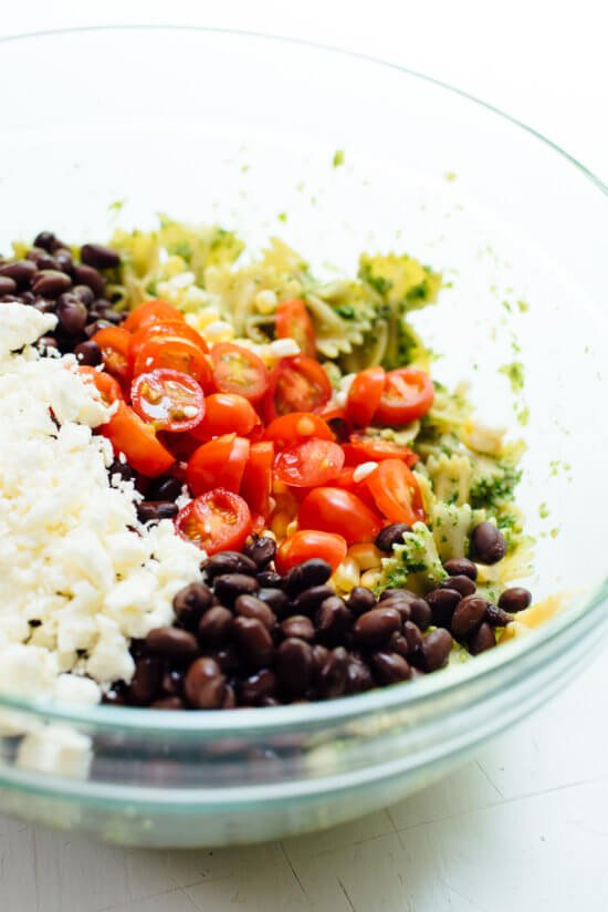 How to make pasta salad with corn, tomatoes, black beans and feta!