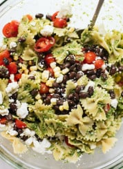 Healthy summertime pasta salad! cookieandkate.com