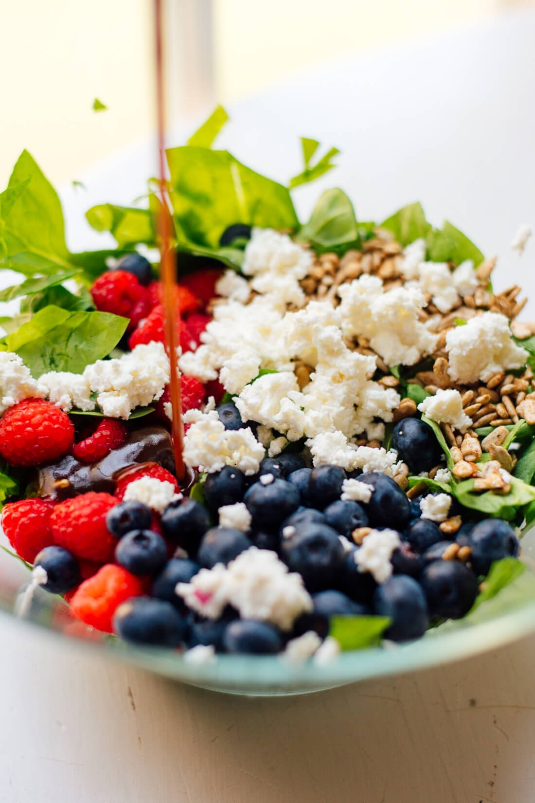 Simple summertime berry spinach salad