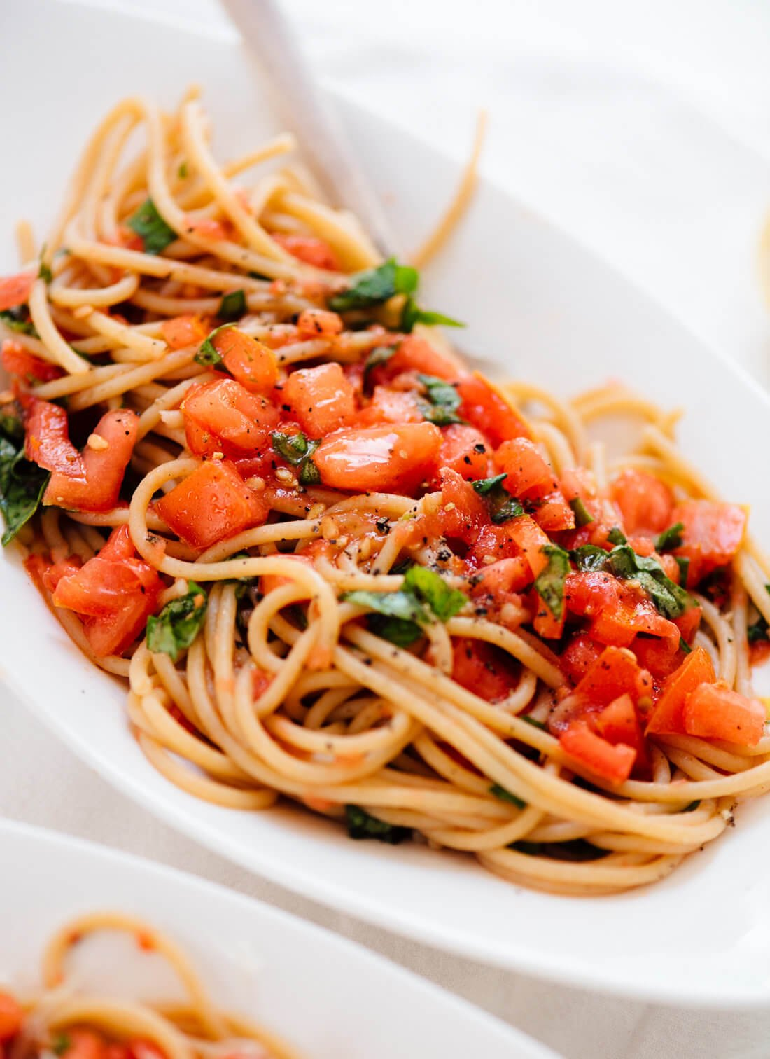 Spaghetti with fresh tomato sauce, perfect for those ripe summer tomatoes!