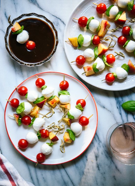 Caprese skewers, a simple appetizer for your summer get-togethers!