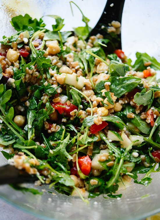Greek Farro Salad - Cookie and Kate