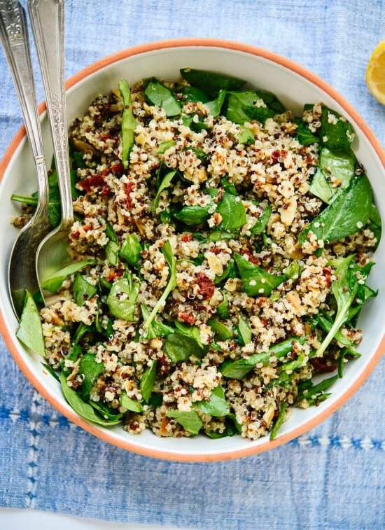 This simple quinoa salad is perfect for packed lunches! cookieandkate.com