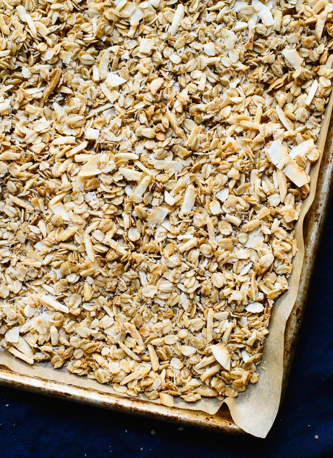 This homemade granola is for coconut lovers! cookieandkate.com