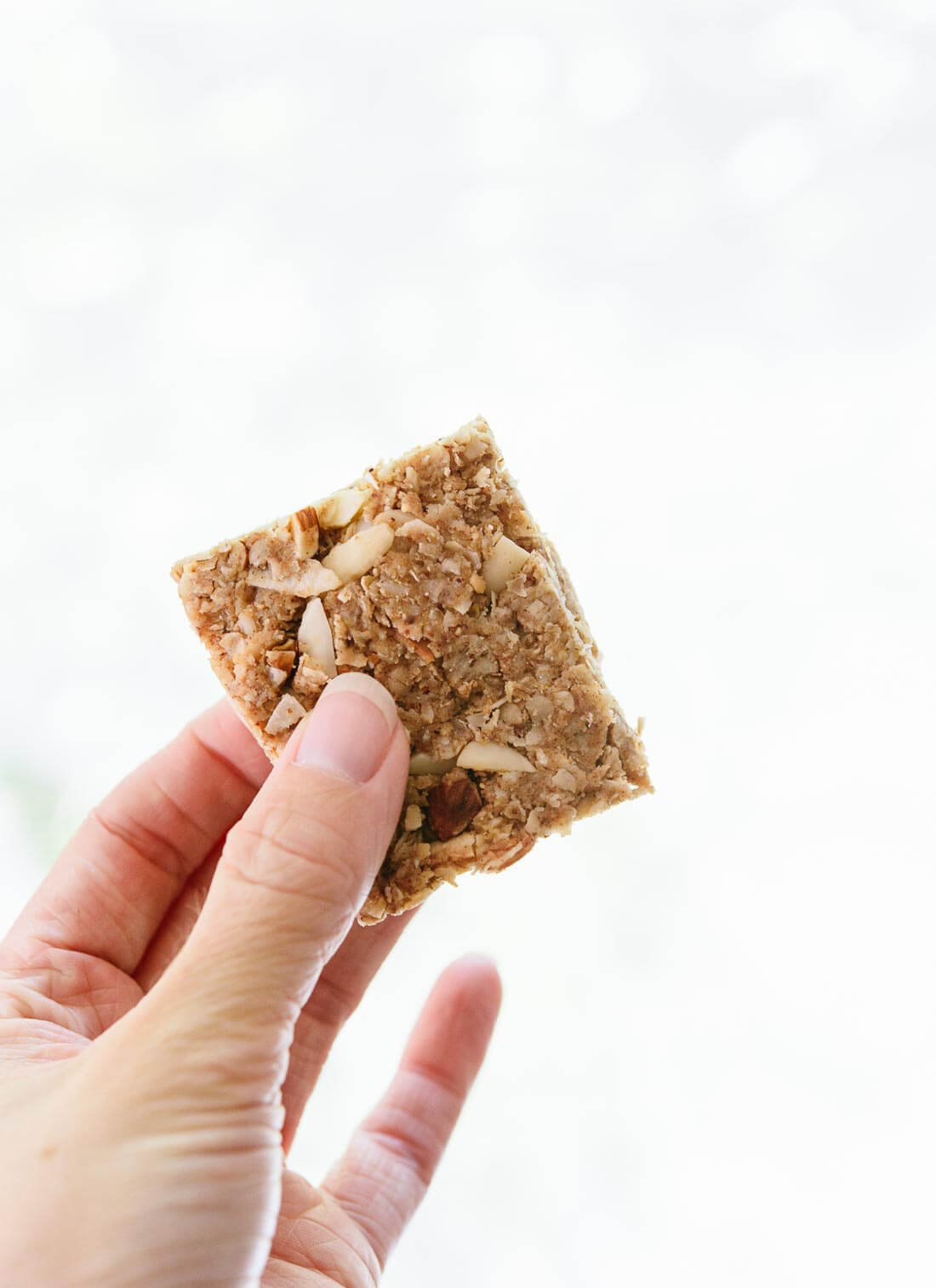These coconut-almond granola bars are a healthy, delicious and portable snack! cookieandkate.com