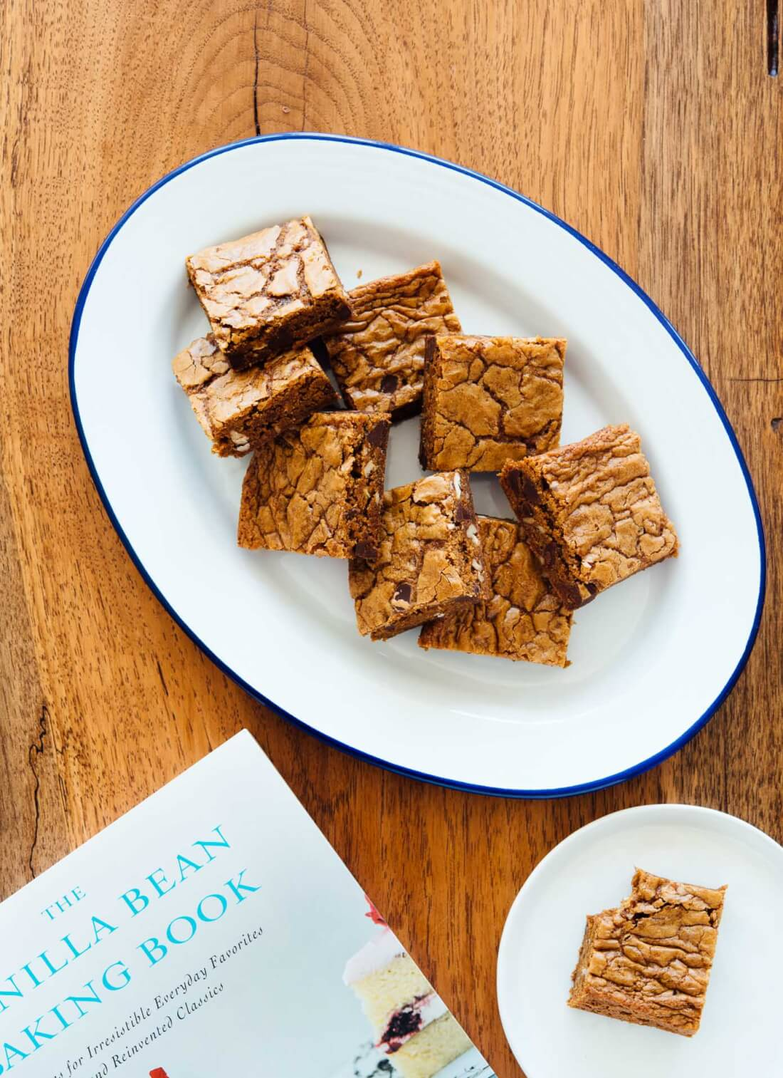 Delicious whole wheat coconut sugar blondies recipe - cookieandkate.com