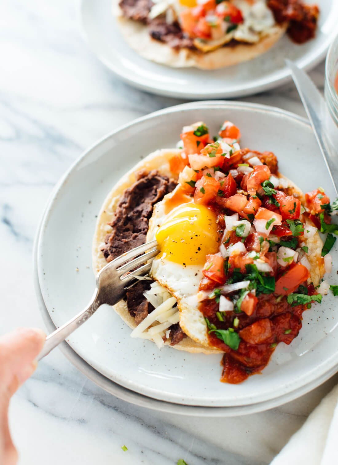 These huevos rancheros are the best! They're a healthy vegetarian recipe that you can make any time of day—breakfast, brunch, lunch or dinner!