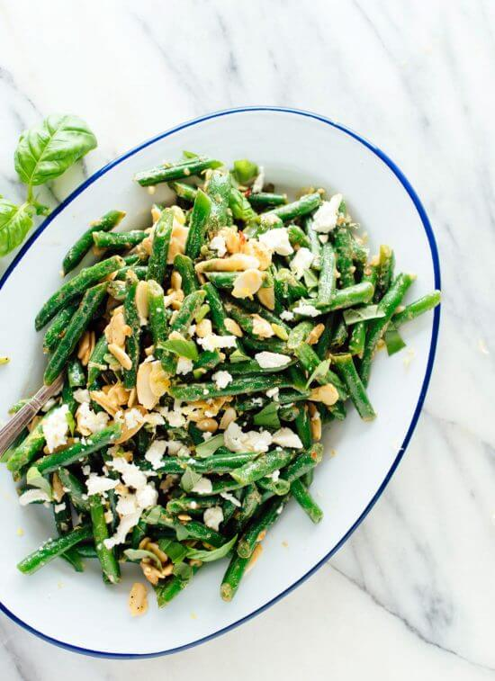 The best green bean salad recipe—who knew green beans could be so good?! This healthy side dish is perfect for summertime. cookieandkate.com