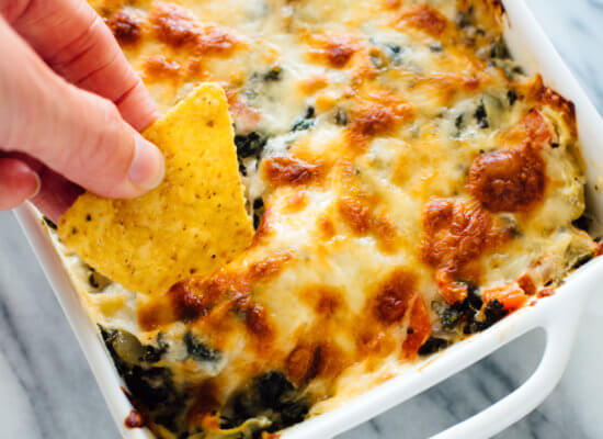 spinach artichoke dip with tortilla chips