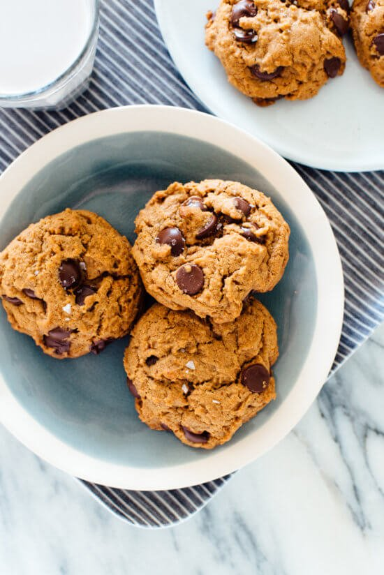 The most amazing chocolate chip cookies recipe (easy to make, no mixer required, and no butter or eggs, either!)