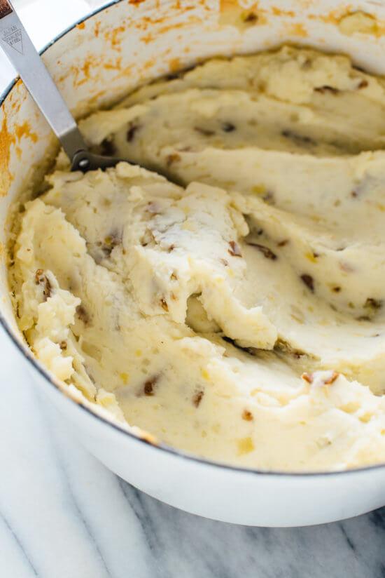 Make-ahead mashed potatoes recipe (my very favorite mashed potatoes!)