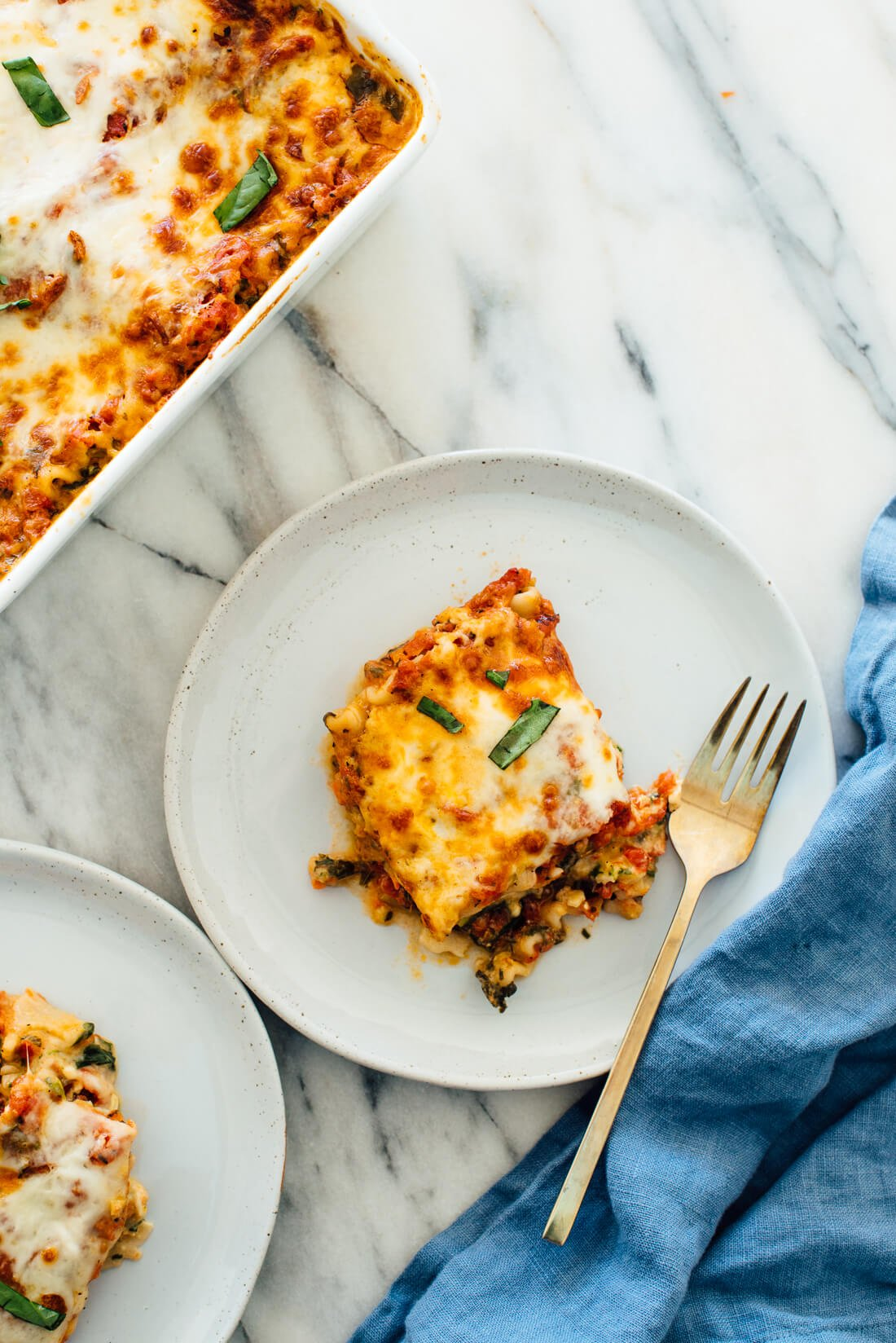 Seriously the best vegetable lasagna recipe! This vegetarian lasagna is packed with fresh veggies and spinach. #vegetarian #lasagna #veggies