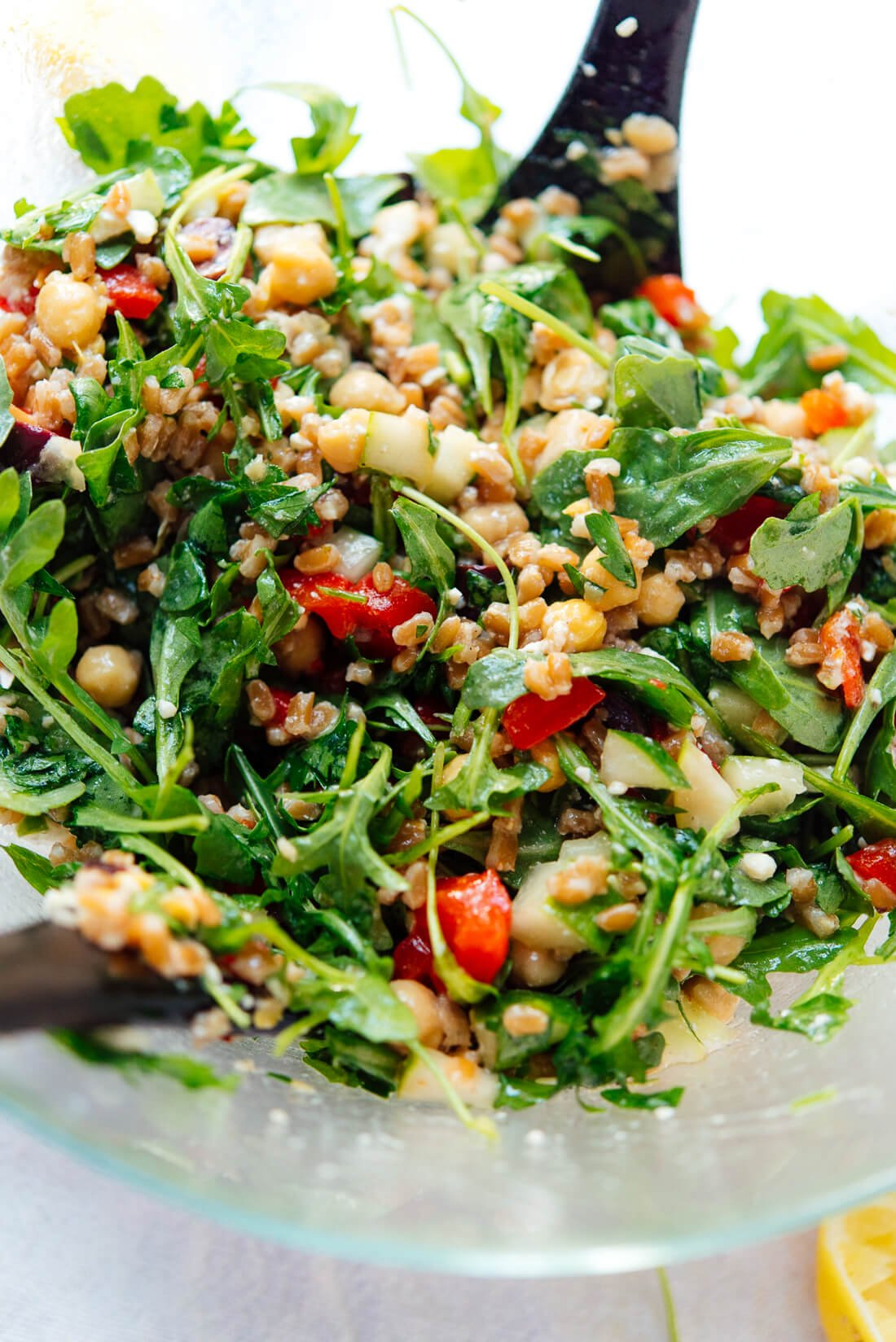 Greek arugula farro salad