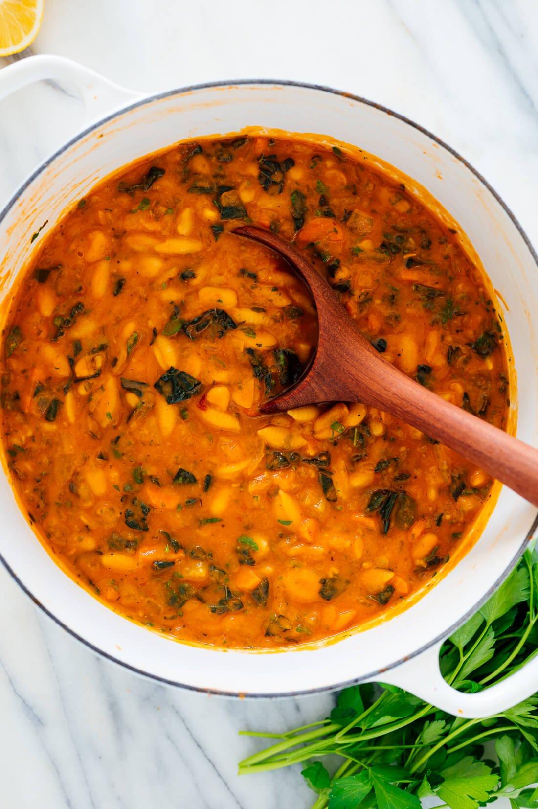 pot of pasta e fagioli soup