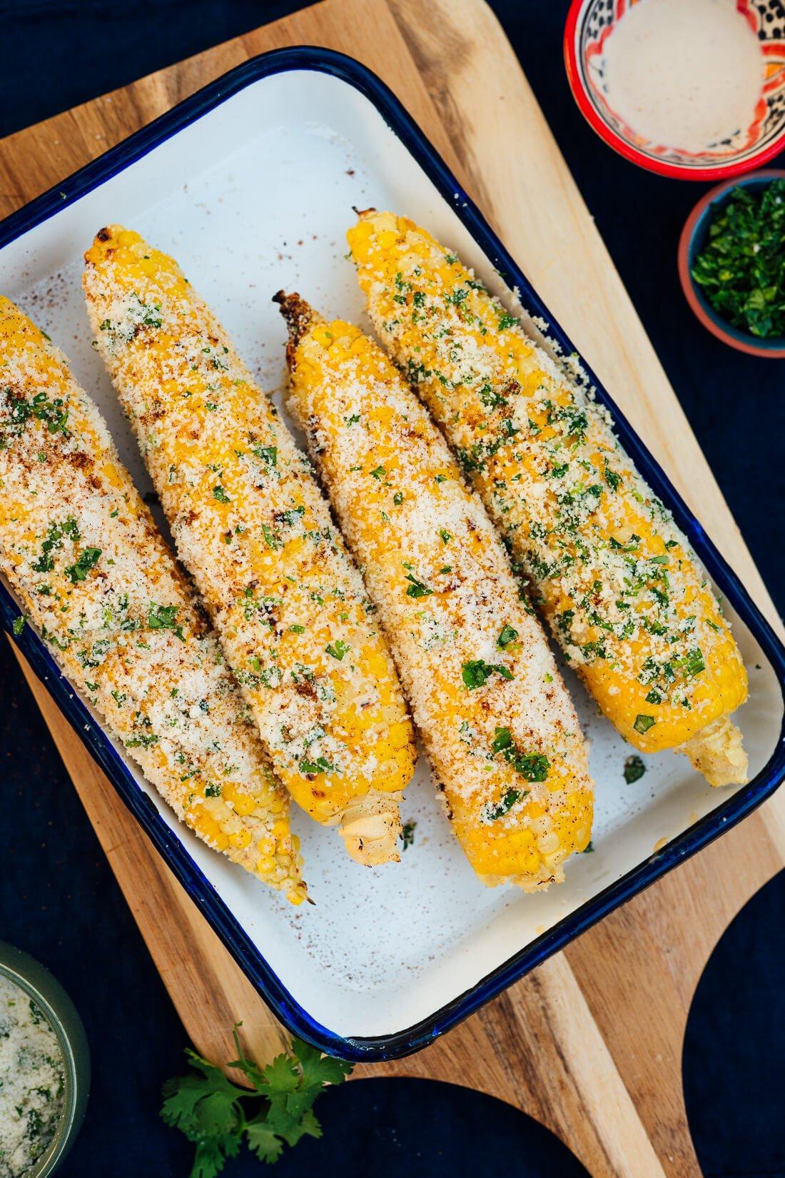 Elote (maíz callejero mexicano)