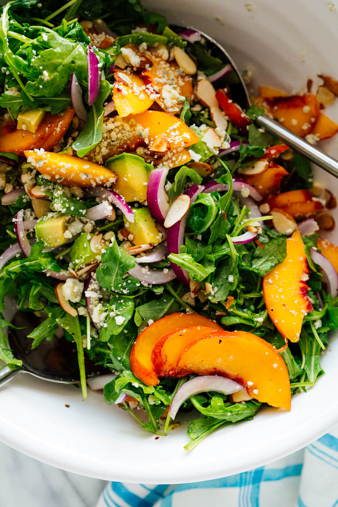peach salad recipe with greens