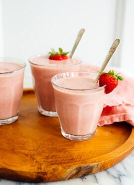 simple strawberry smoothie recipe