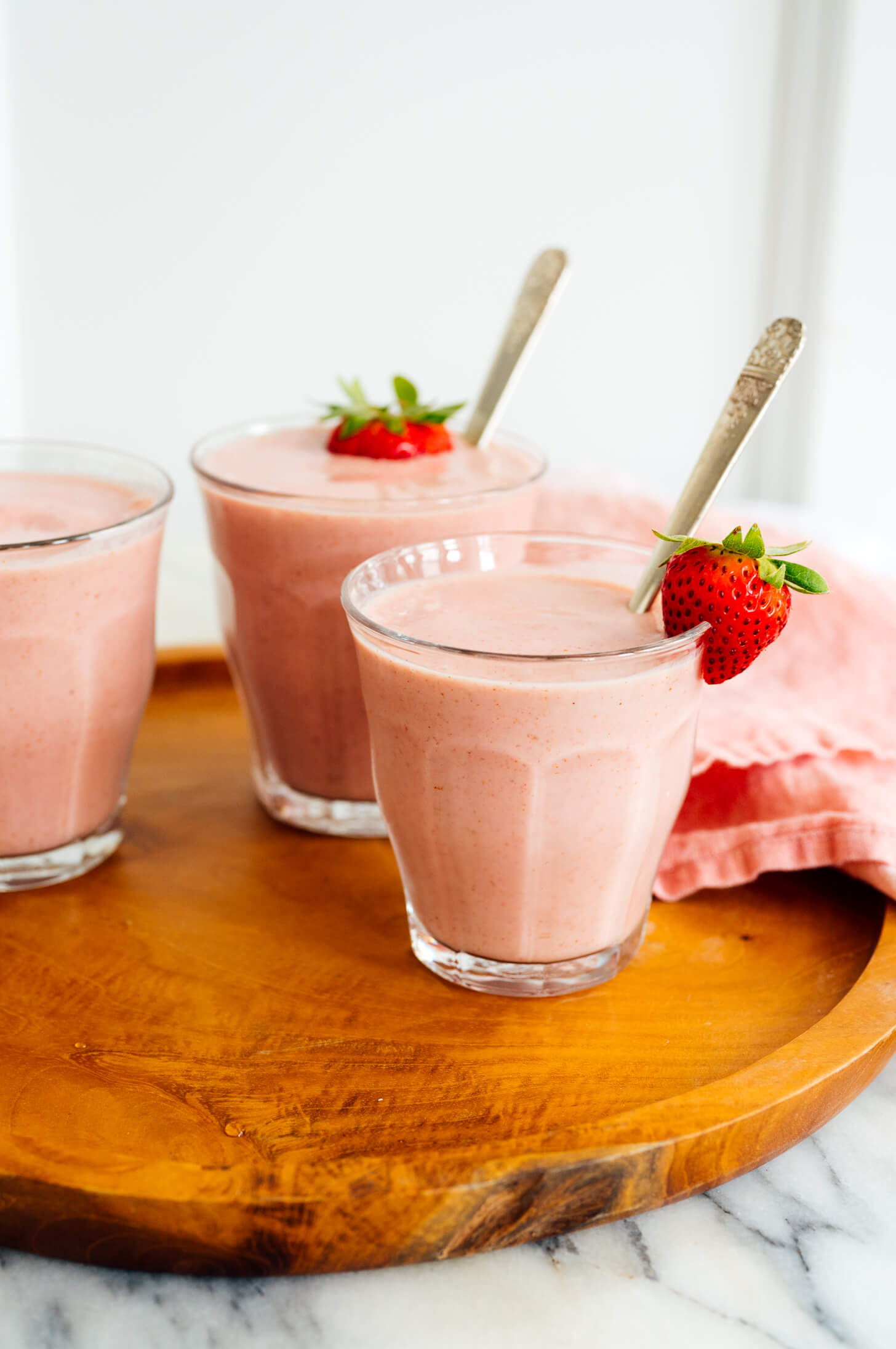 simple strawberry smoothie recipe
